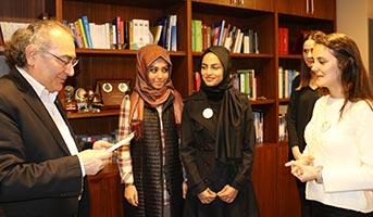 Rektör Tarhan'a öğretmenler günü ziyareti