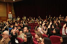 Prof. Dr. Nevzat Tarhan Aydın Üniversitesi'nde bağımlılık ve haz ilişkini anlattı. 2