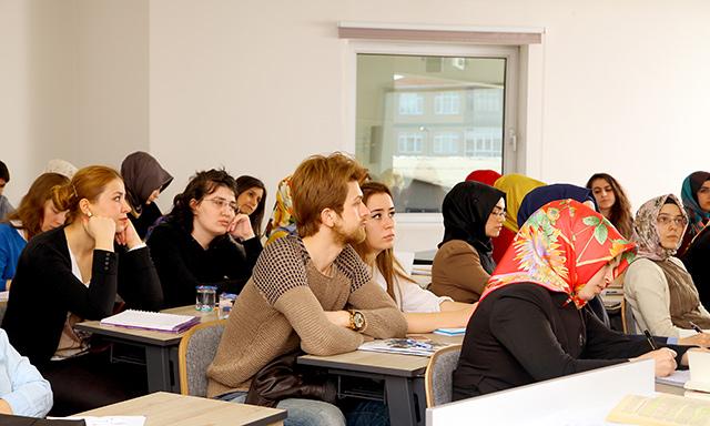 Üsküdar Üniversitesi'nde DGS eğitimi veriliyor