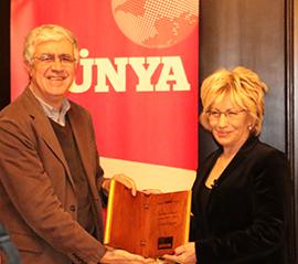 Prof. Dr. Sevil Atasoy 'Polisiye Kitabı Emek Ödülü' nü Aldı 2