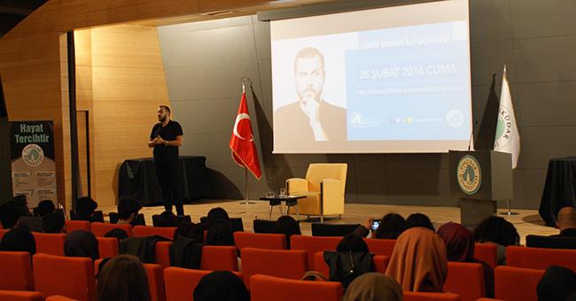 Ümit Erdim, Üsküdar Üniversitesi'nde öğrencilerle buluştu