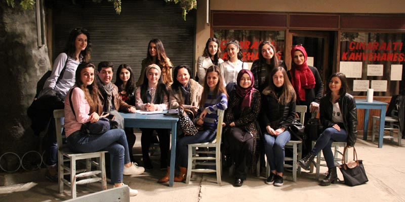 """Üsküdar Üniversitesi """"Seksenlere"""" yolculuk yaptı"""