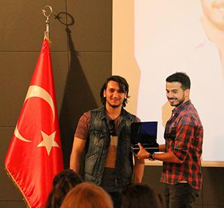 En genç radyocu Doğancan Özadlı, Üsküdar Üniversitesi öğrencileriyle buluştu 2