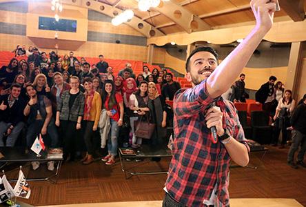 En genç radyocu Doğancan Özadlı, Üsküdar Üniversitesi öğrencileriyle buluştu 3