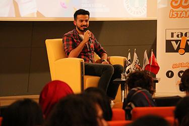 En genç radyocu Doğancan Özadlı, Üsküdar Üniversitesi öğrencileriyle buluştu