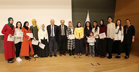 """Prof. Dr. Nevzat Tarhan: """"Aile bütünlüğünü önemseyen aile danışmanları yetiştirmeliyiz"""" 2"""