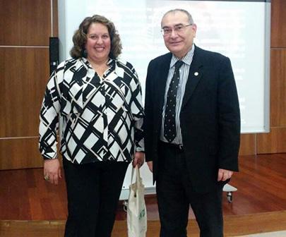 Dr. Vânia Canterucci Gomide-Çakmak Bilimsel Eğitim Toplantısının konuğu oldu. 2