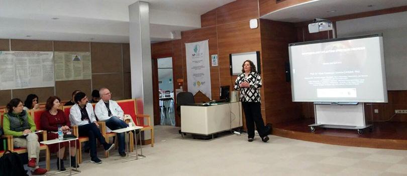 Dr. Vânia Canterucci Gomide-Çakmak Bilimsel Eğitim Toplantısının konuğu oldu.