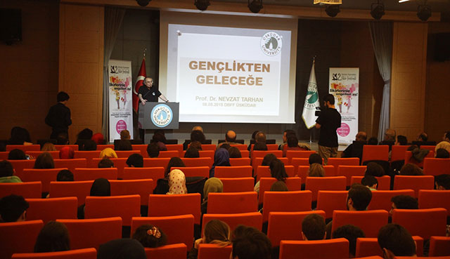 """High School Students Competed with """"their ideas"""" at Üsküdar University 4"""