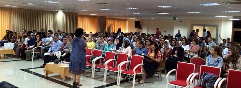 """Öğretmenlere İletişim Fakültesi'nden """"Etkili İletişim"""" Semineri"""