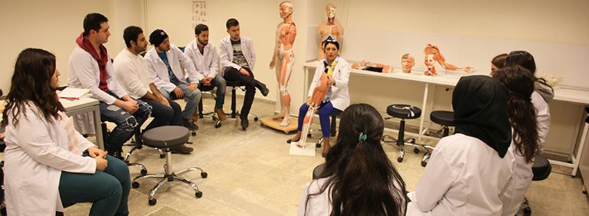 2 Yıllık Sağlık Bölümleri laboratuvar